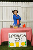 TA1.4 / Lemonade Stand<br /> <br /> Choice 7 of 14<br /> <br /> El Segundo, California, USA --- Mixed Race girl selling lemonade --- Image by © Hill Street Studios/Blend Images/Corbis